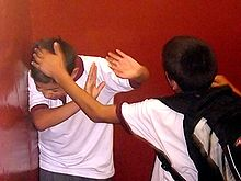 20101022124040-220px-bullying-irfe.jpg
